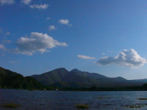 秋元湖からの磐梯山